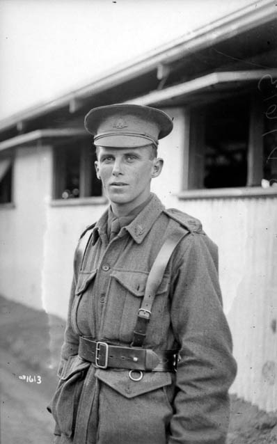 Albert Edward Knight c. April 1916 (Photo: Australian War Memorial)