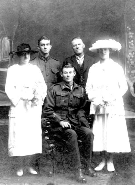 Photo of Ralph Simon Johnston Knight sitting with his bride Dot on right in 1919